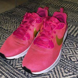 Nike Air Max Pink & Gold Sneakers